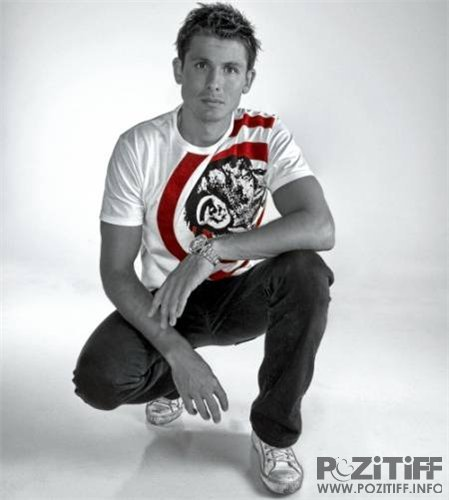 Artento Divini - Front Of My Bag 067 (30-07-2011)